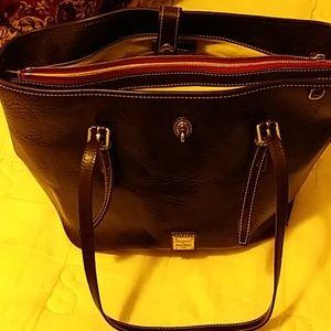 Brown shoulder bag Dooney & Bourke leather